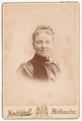 No Title (Studio portrait of Mrs Hamilton Moore)
